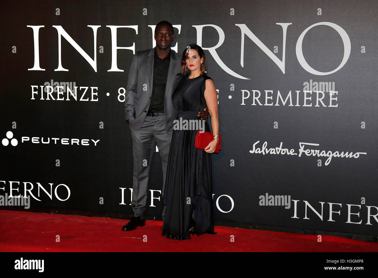 Florence, Italy. 8th October, 2016. Omari Sy and his wife Helene  Florence 8th October 2016. 'Inferno' World - Stock Image
