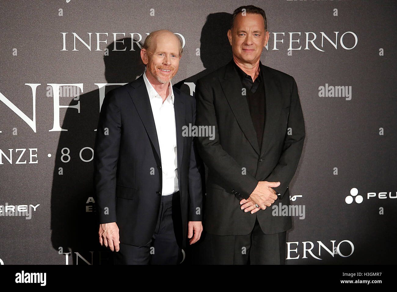 Florence, Italy. 8th October, 2016. Ron Howard and Tom Hanks Florence 8th October 2016. 'Inferno' World - Stock Image