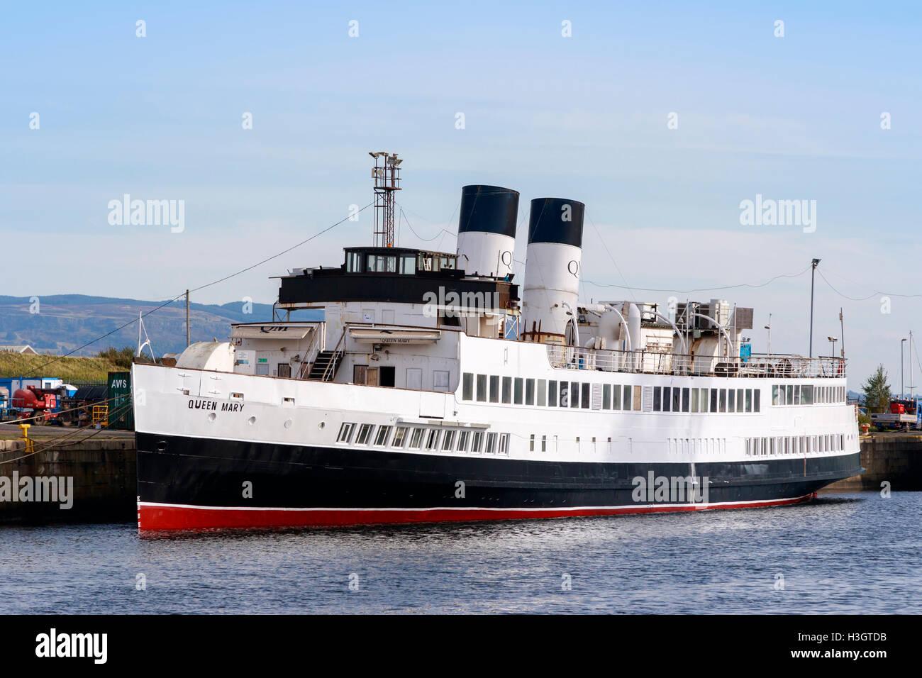 TSS (Turbine Steam Ship) Queen Mary, built 1933 at Dumbarton, berthed at James Watt Docks awaiting renovation and - Stock Image