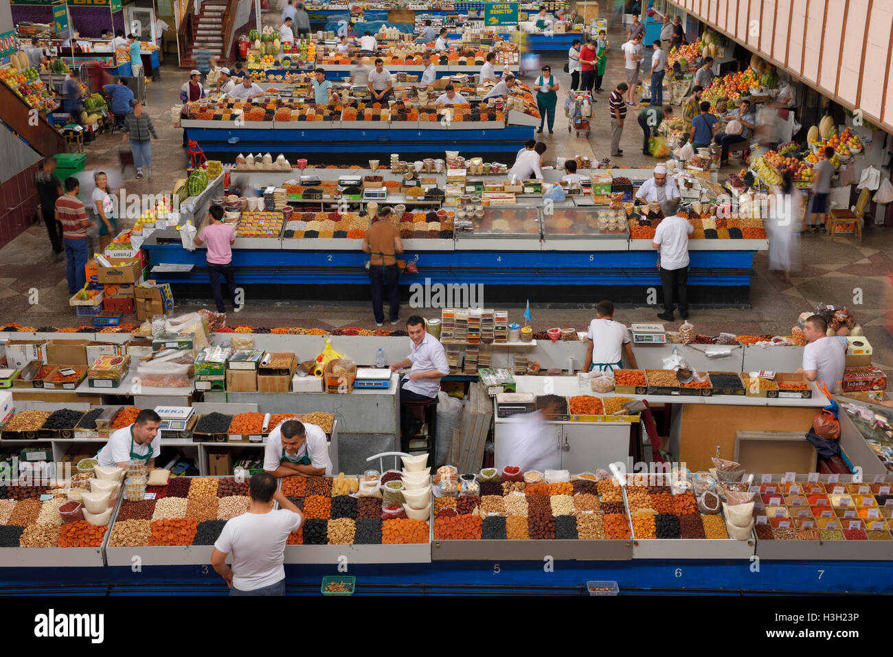 Overview of dry produce section at Green Bazaar Almaty Kazakhstan - Stock Image