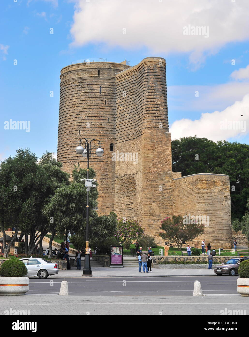 BAKU, AZERBAIJAN - SEPTEMBER 25: View of Maiden tower and old town of Baku on September 25, 2016. - Stock Image