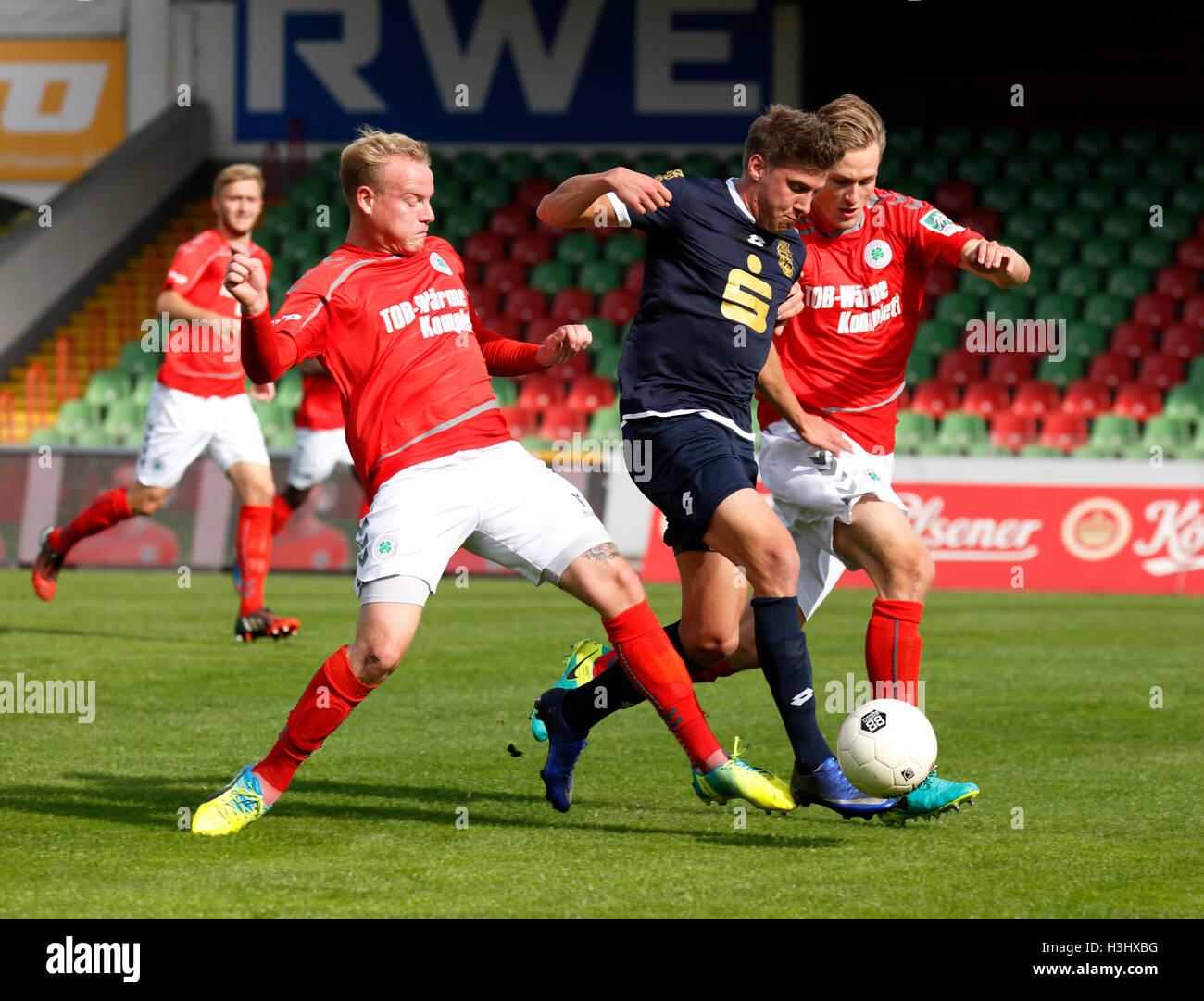 sports, football, Regional League West, 2016/2017, Rot Weiss Oberhausen versus Bonner SC 5:1, Stadium Niederrhein Stock Photo