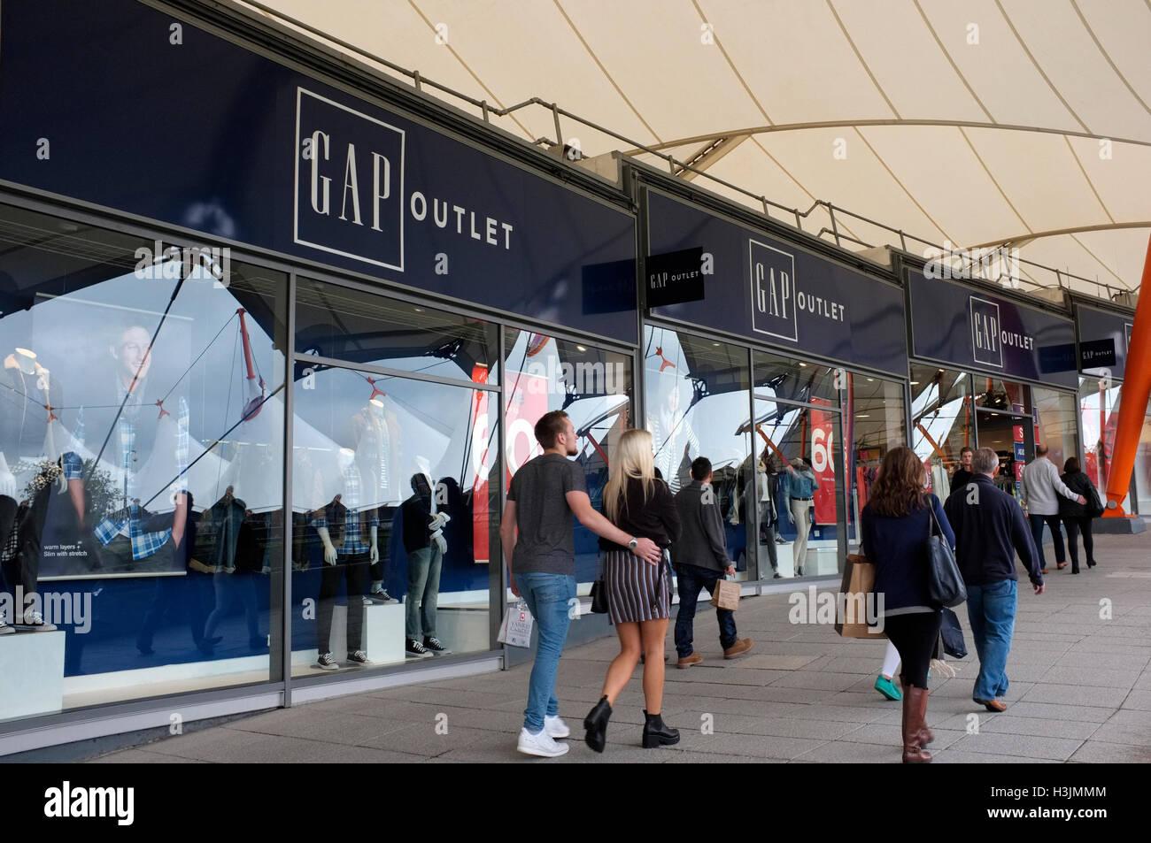 da155792cac gap fashion clothes outlet shop in ashford designer fashion outlet complex  county of kent uk october