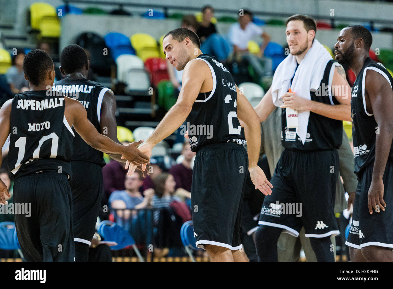 London, UK, 9 October 2016. London Lions beat Plymouth Raiders 105 vs 79 in the BBL cup game. London Lions Kai Williams - Stock Image