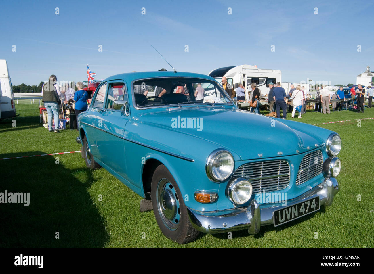 size 40 3fe5a 95a6d volvo amazon swedish - Stock Image