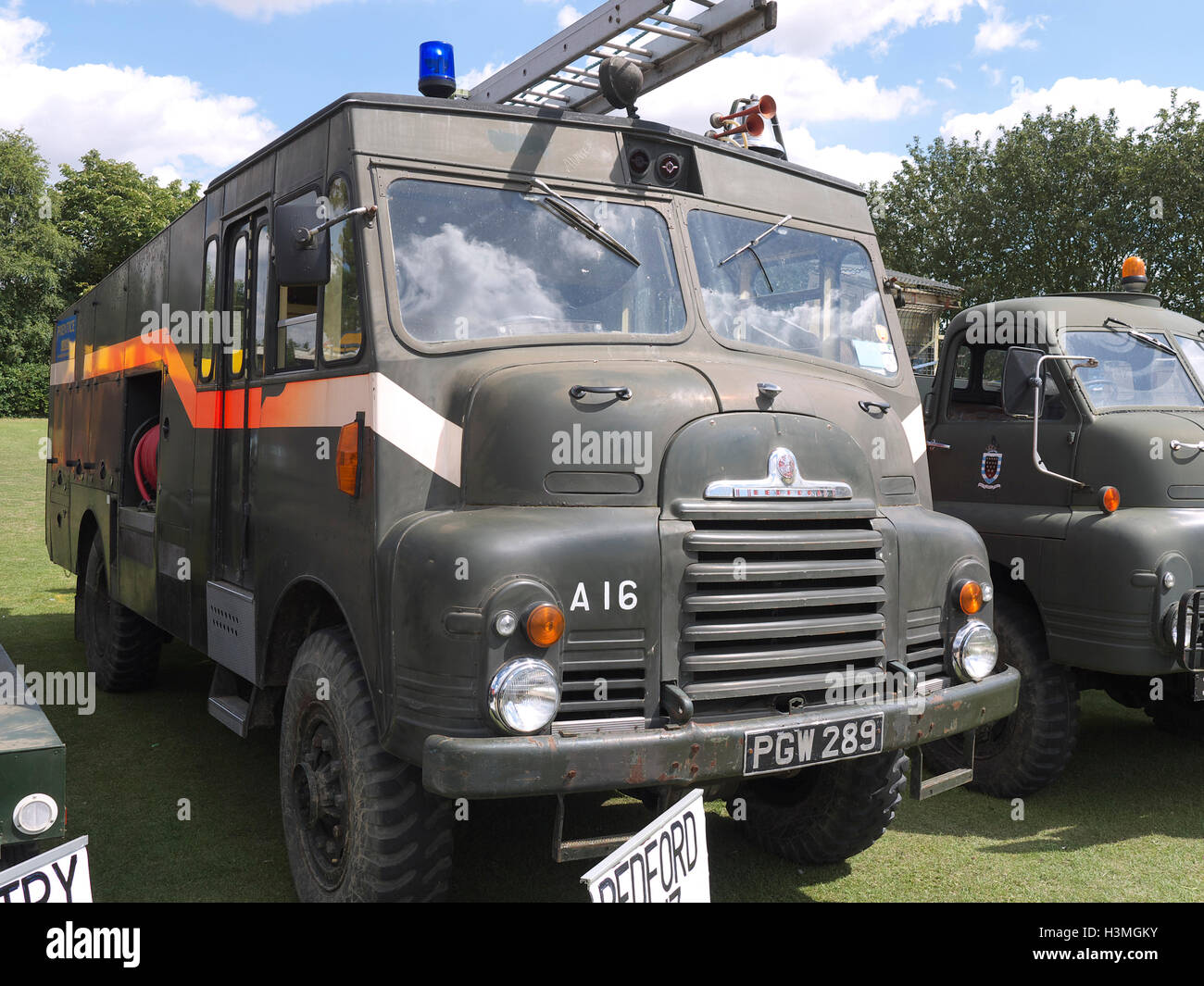 Vintage Bedford army truck on display at Baston in the blitz weekend - Stock Image