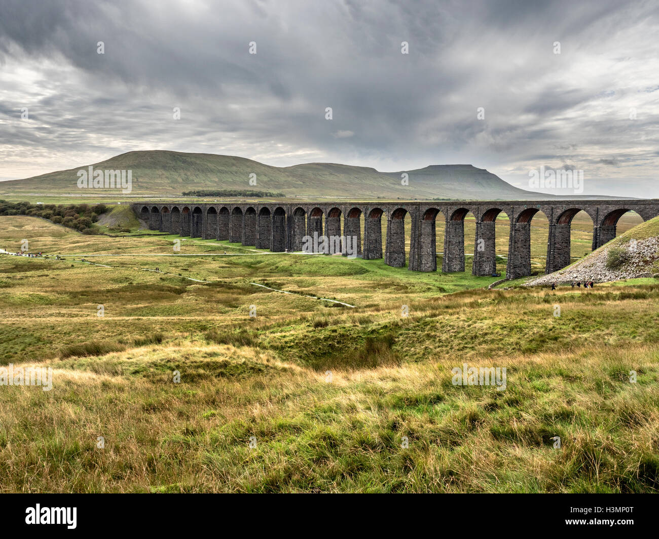 Ribblehead Viaduct and Ingleborough on an Overcast Day Ribblehead Yorkshire Dales England - Stock Image