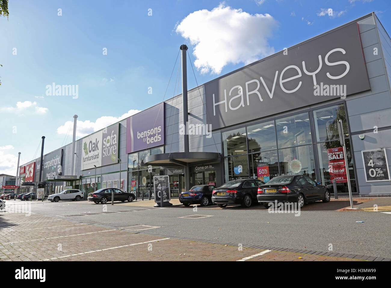 retail park on the purley way croydon uk a major out of. Black Bedroom Furniture Sets. Home Design Ideas