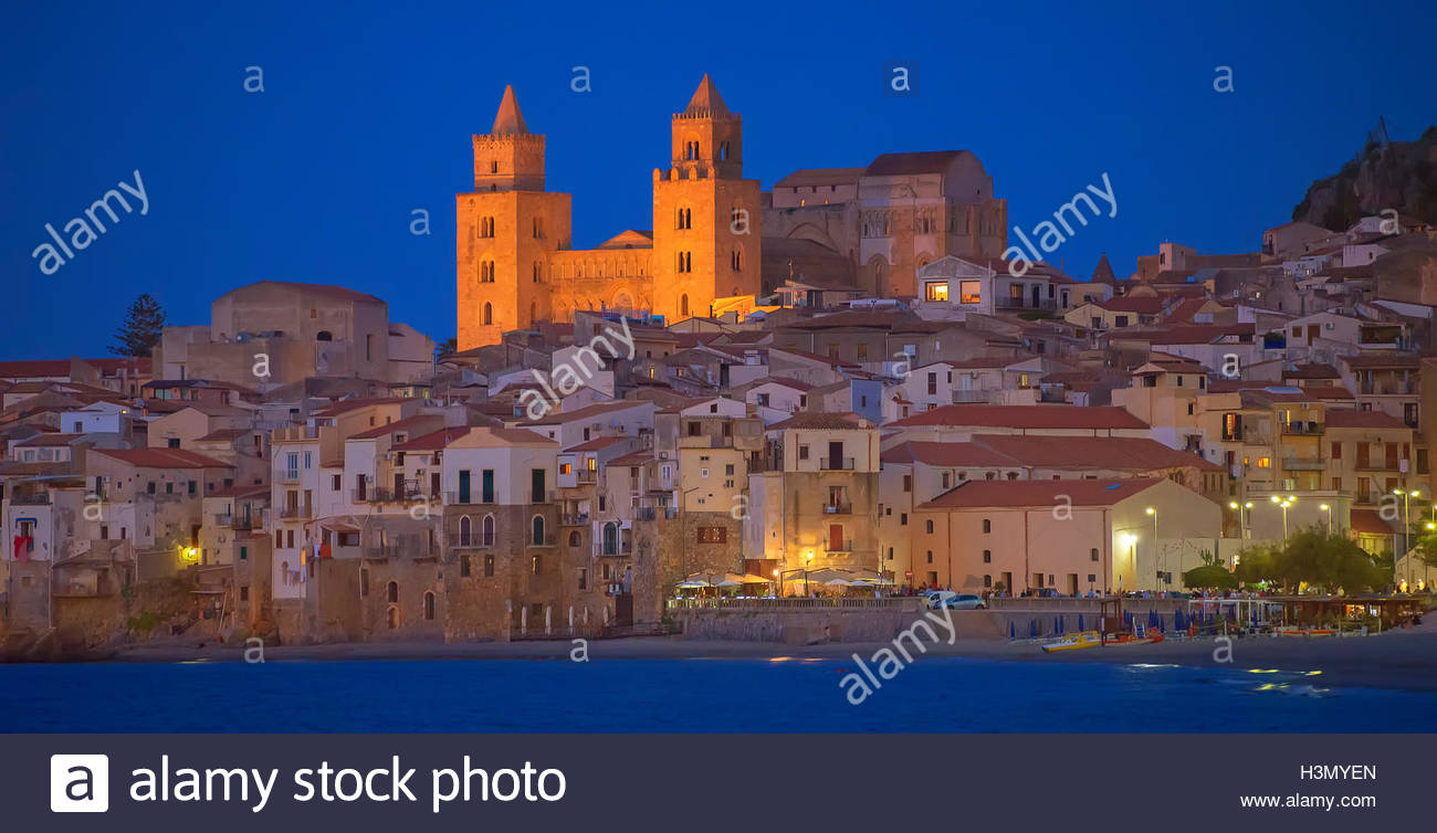 Cathedral San Salvatore and waterfront at night, Piazza Duomo, Cefalu, Sicily, Italy Stock Photo