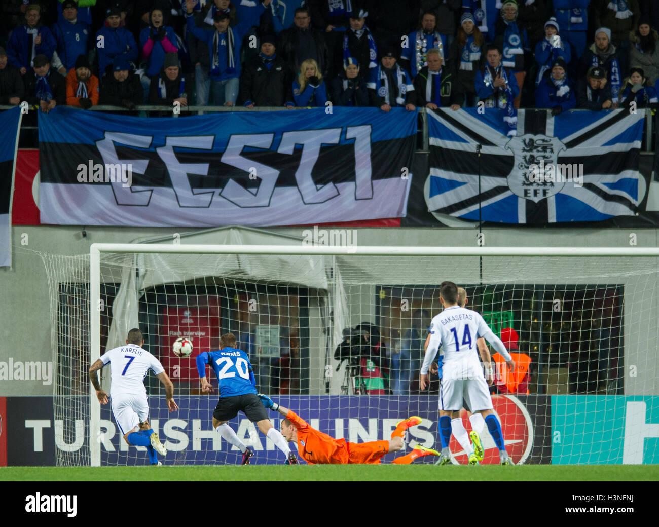Tallinn, Estonia, 10th October 2016. Estonia's goal keeper Mihkel Aksalu (C) take the second score of the game during Stock Photo