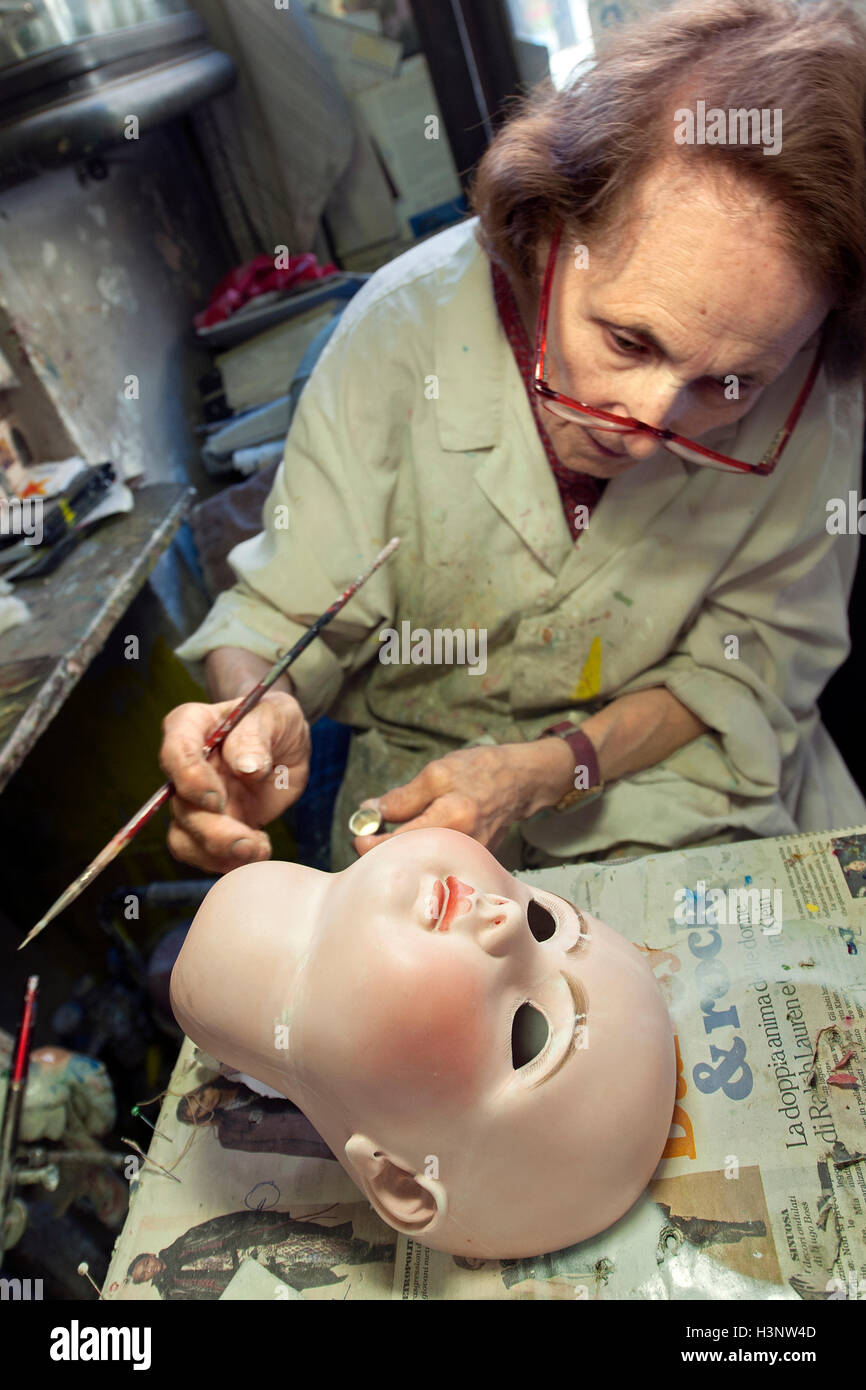 Old Doll Repair Stock Photos Old Doll Repair Stock Images Alamy