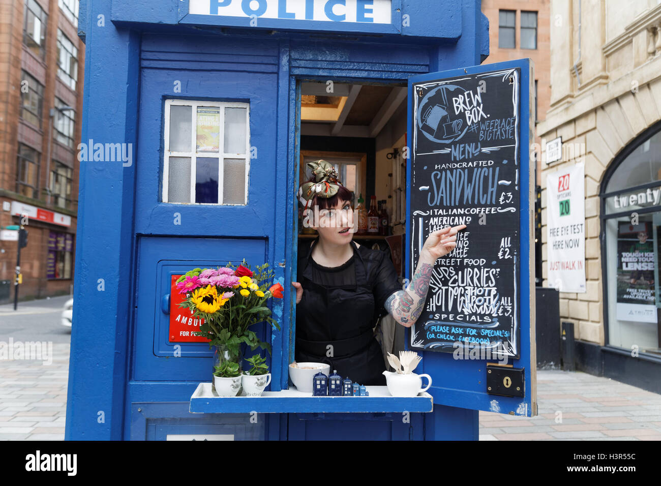 Coffee sandwich bar in a Glasgow police box which is made famous as a look alike to the Doctor who Tardis in the - Stock Image
