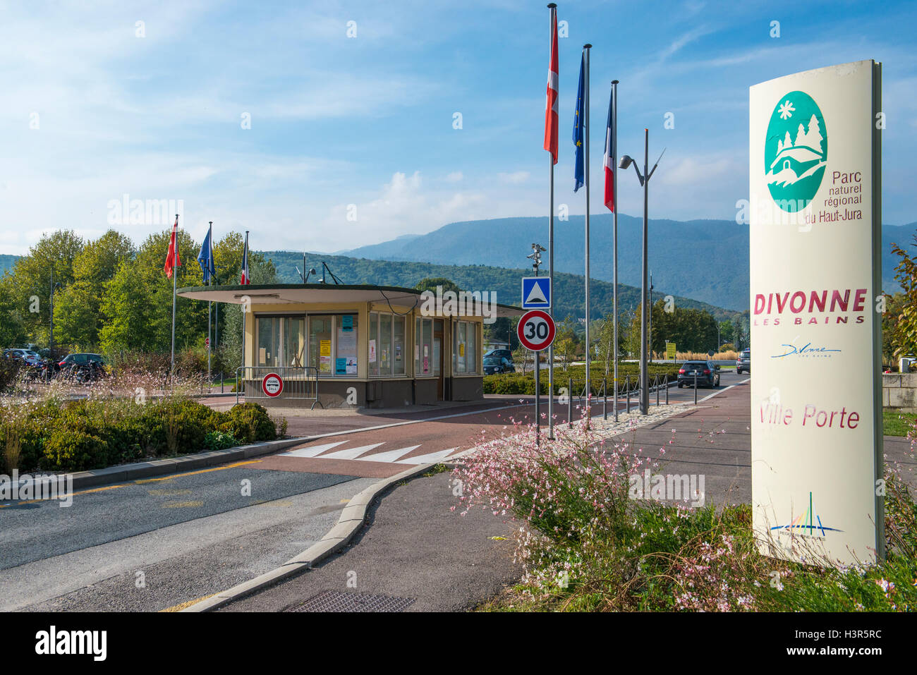 Border crossing point from Switzerland into Divonne les bains,  Ain department in eastern France - Stock Image