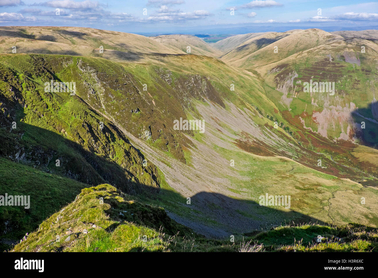 Looking towards Cautley Spout from Great Dummocks in the Howgills - Stock Image
