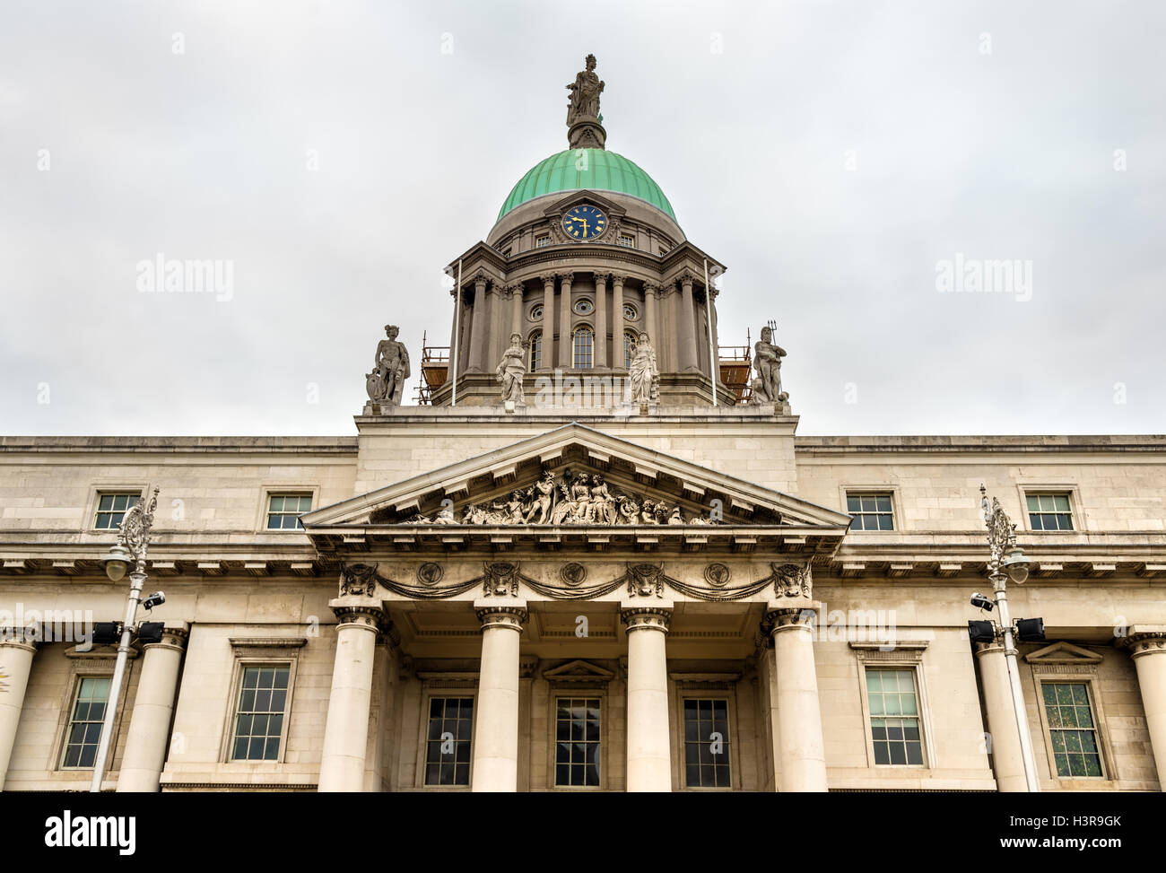 Detail of the Custom House, a neoclassical building in Dublin - Stock Image