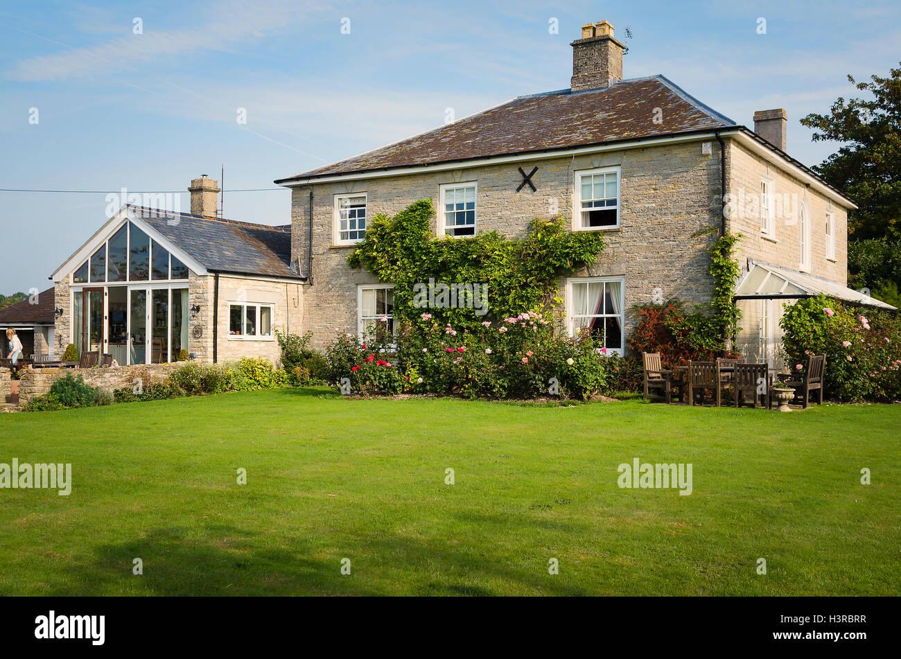 Cary Fitzpayne farmhouse B & B in south Somerset near Yeovilton - Stock Image