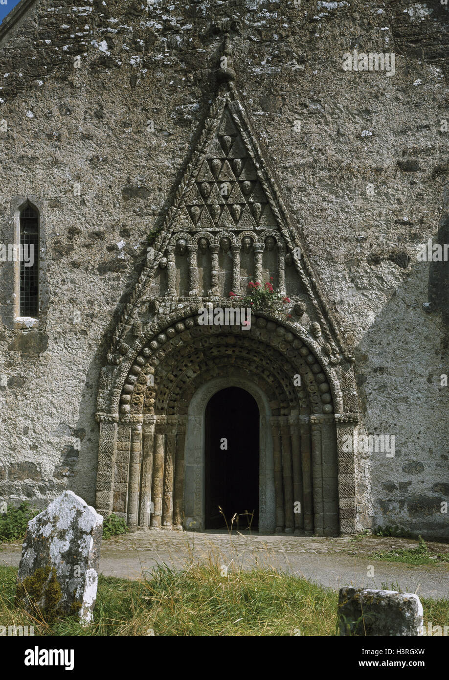 Ireland, Clonfert, church door, Europe, St. Brendan's Cathedral - builds in 563 and 1016, in 1164 and 1179 burnt - Stock Image