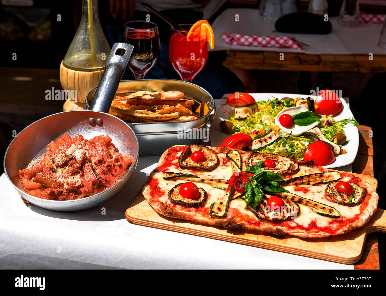 Pasta Restaurant In Rome City Italy South Europe Egg Noodles Stock Photo Alamy
