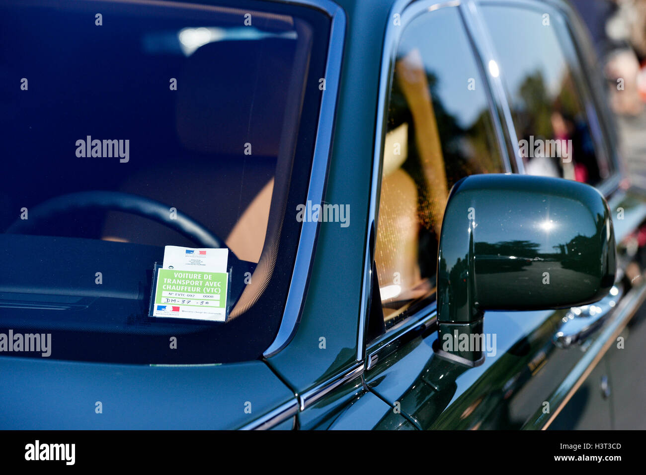 VTC licence on a car in Paris France - Stock Image