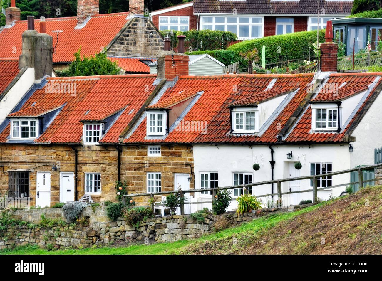 Swell Holiday Cottages In Sandsend Whitby North Yorkshire England Home Interior And Landscaping Oversignezvosmurscom