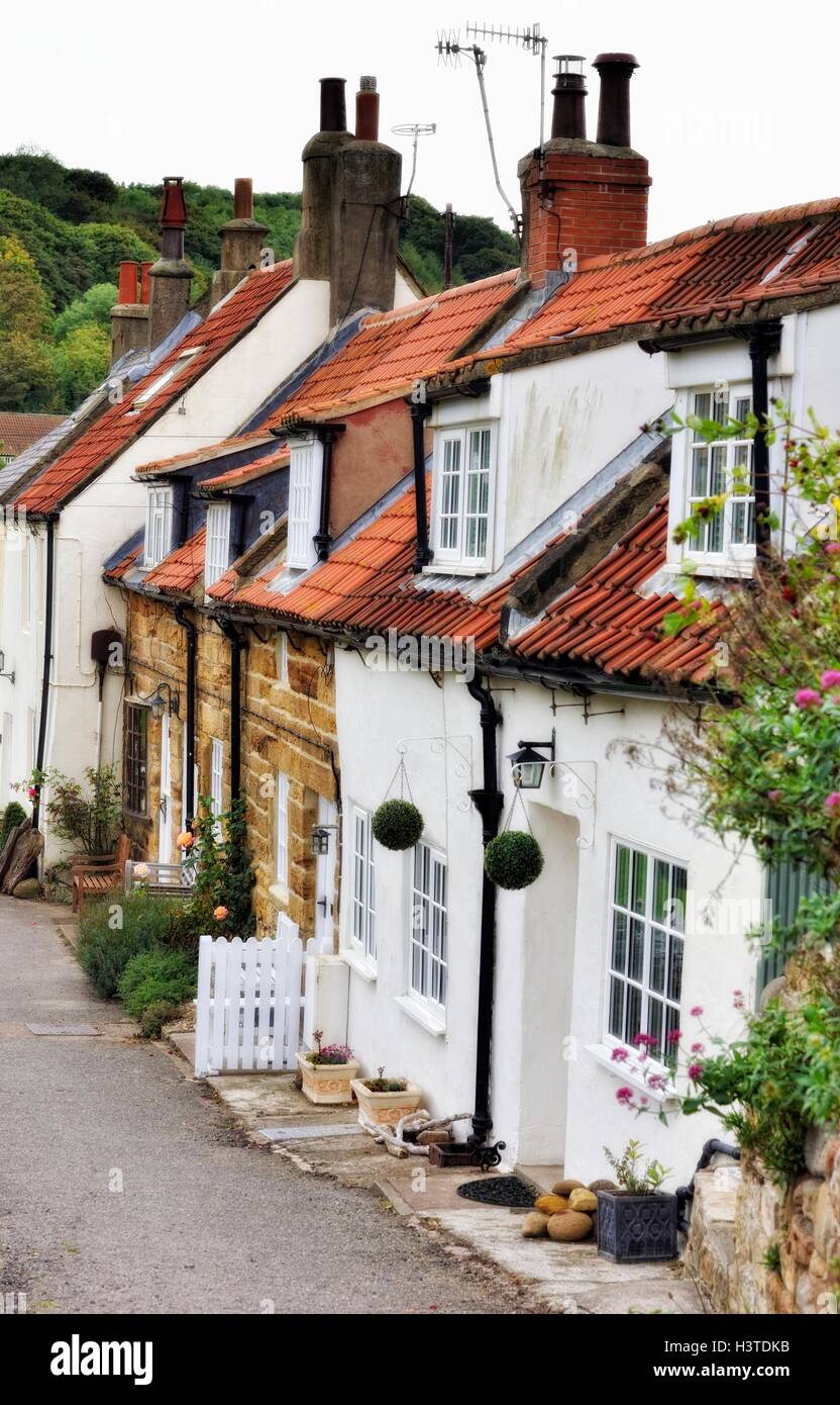 Wondrous Holiday Cottages In Sandsend Whitby North Yorkshire England Download Free Architecture Designs Barepgrimeyleaguecom