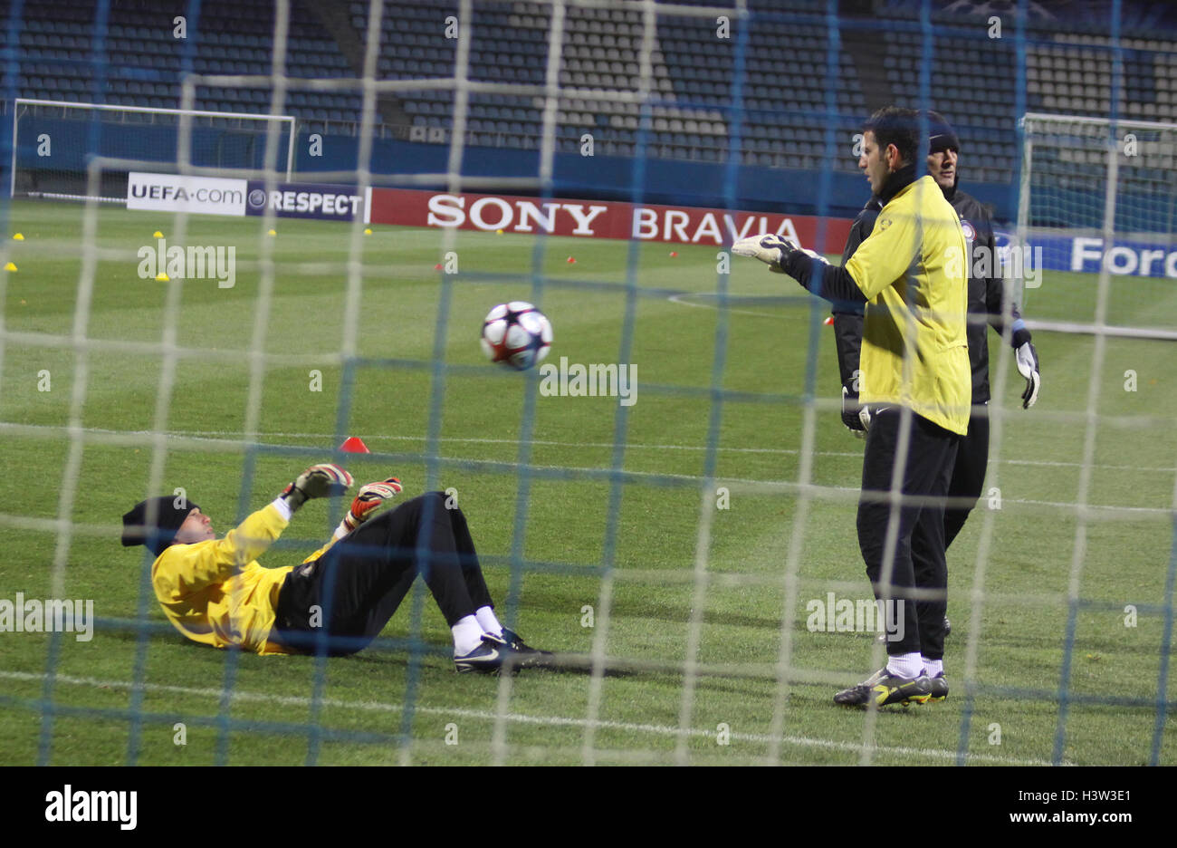 KYIV, UKRAINE - NOVEMBER 3: Goalkeepers of Inter Milan throw-over a ball during training session in Kyiv on November - Stock Image