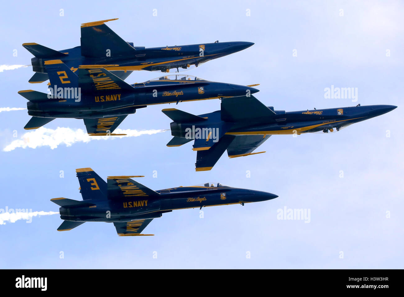 Blue Angels fly in an Inverted Formation at the San Francisco Fleet Week Airshow, 2016 - Stock Image