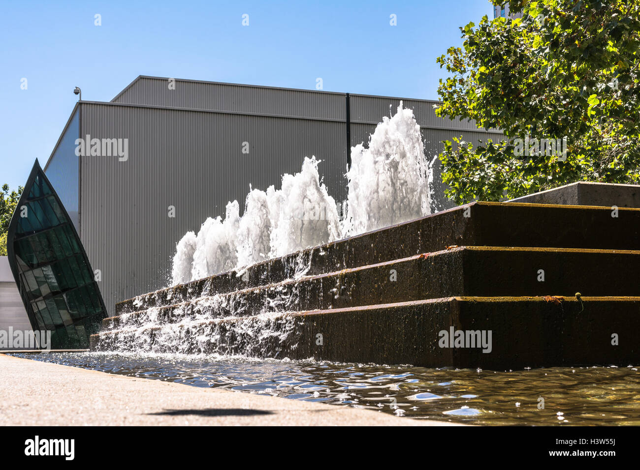 Fountain at Yerba Buena Gardens, San Francisco - Stock Image