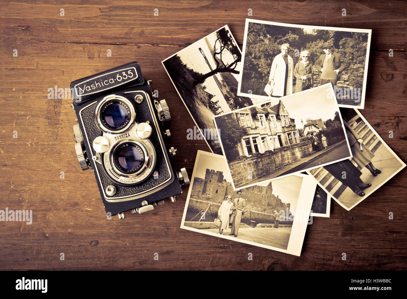 vintage Yashica camera and photographs - Stock Image