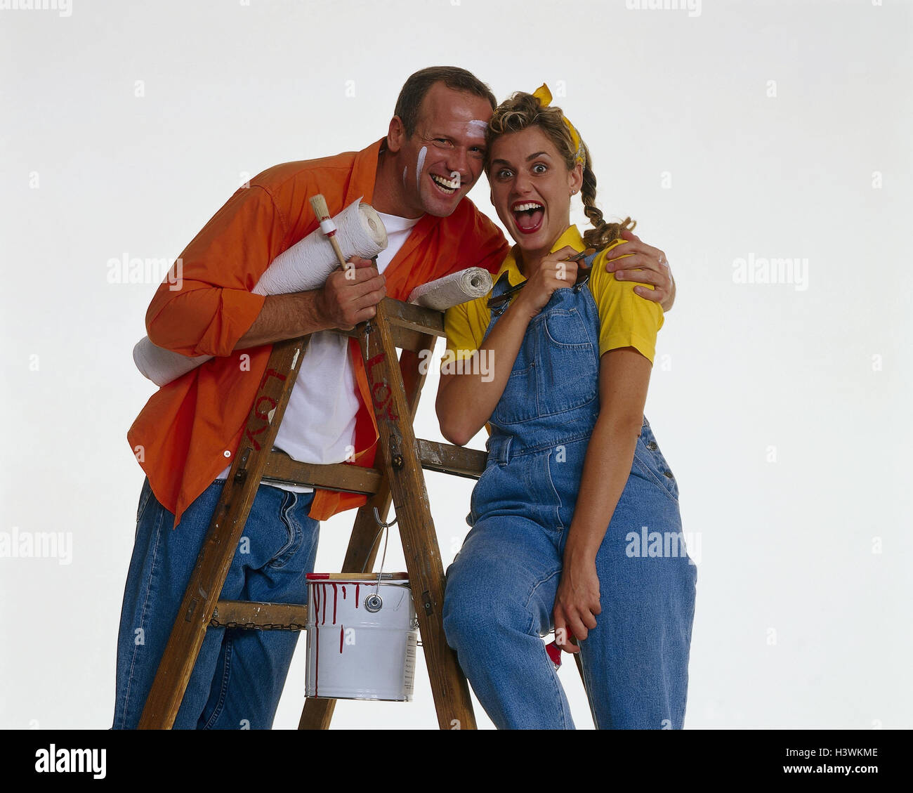 Do It Yourself Couple Renovation Conductor Painters