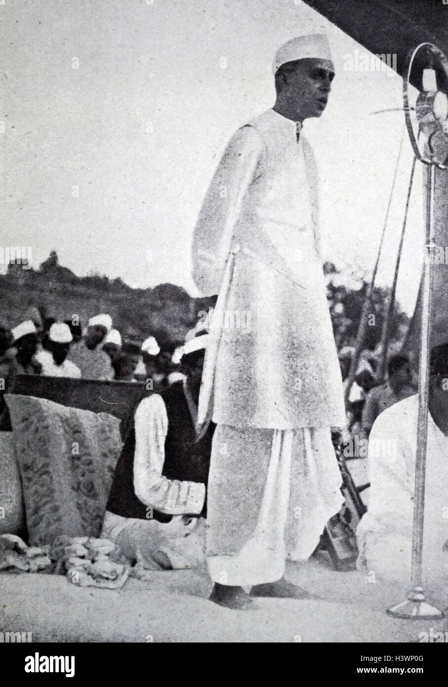 Photograph of Jawaharlal Nehru (1889-1964) first Prime Minister of India. Dated 20th Century - Stock Image