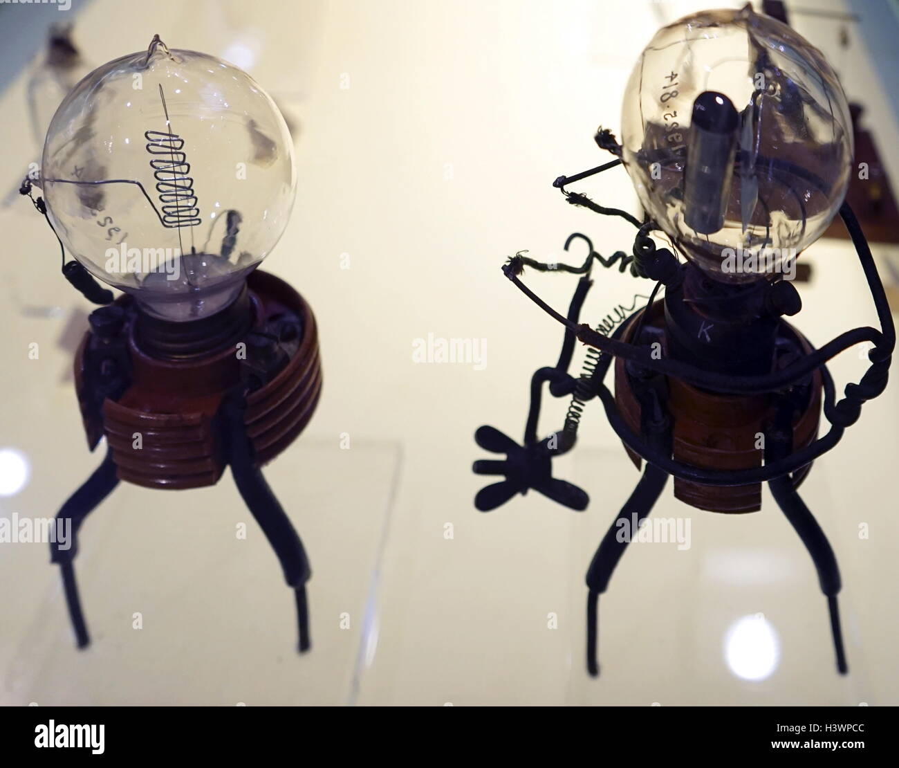 Fleming's Diode Valve 1904. - Stock Image