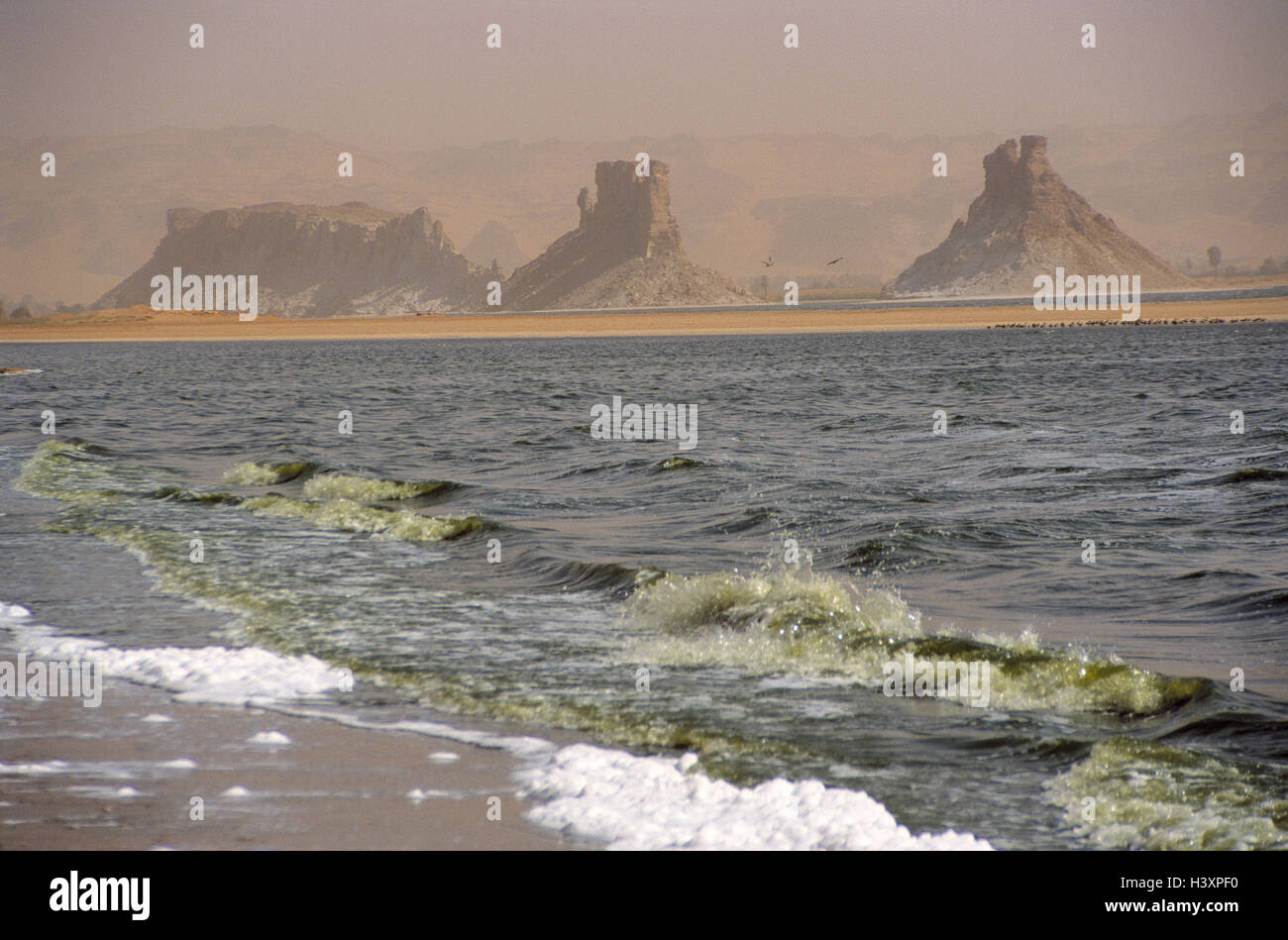 Chad, mesa country Ennedi, salt lake Ounianga Serir, Central, Africa, landlocked country, Sahara, Sahara waters, - Stock Image