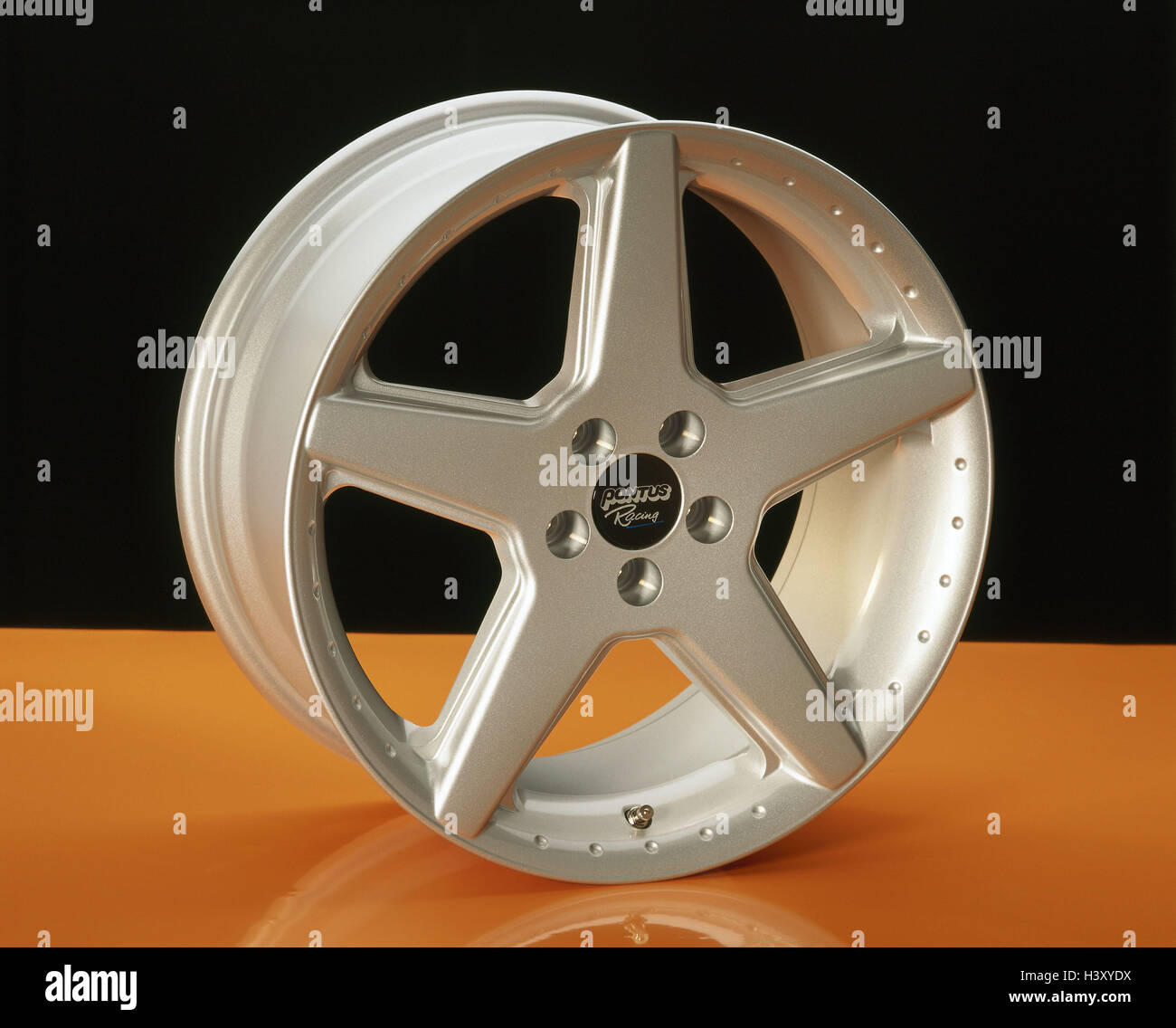 Aluminium wheel rim aluminium rim, alloy wheel, wheel rim, car accessories, autowheel rim, product photography, - Stock Image