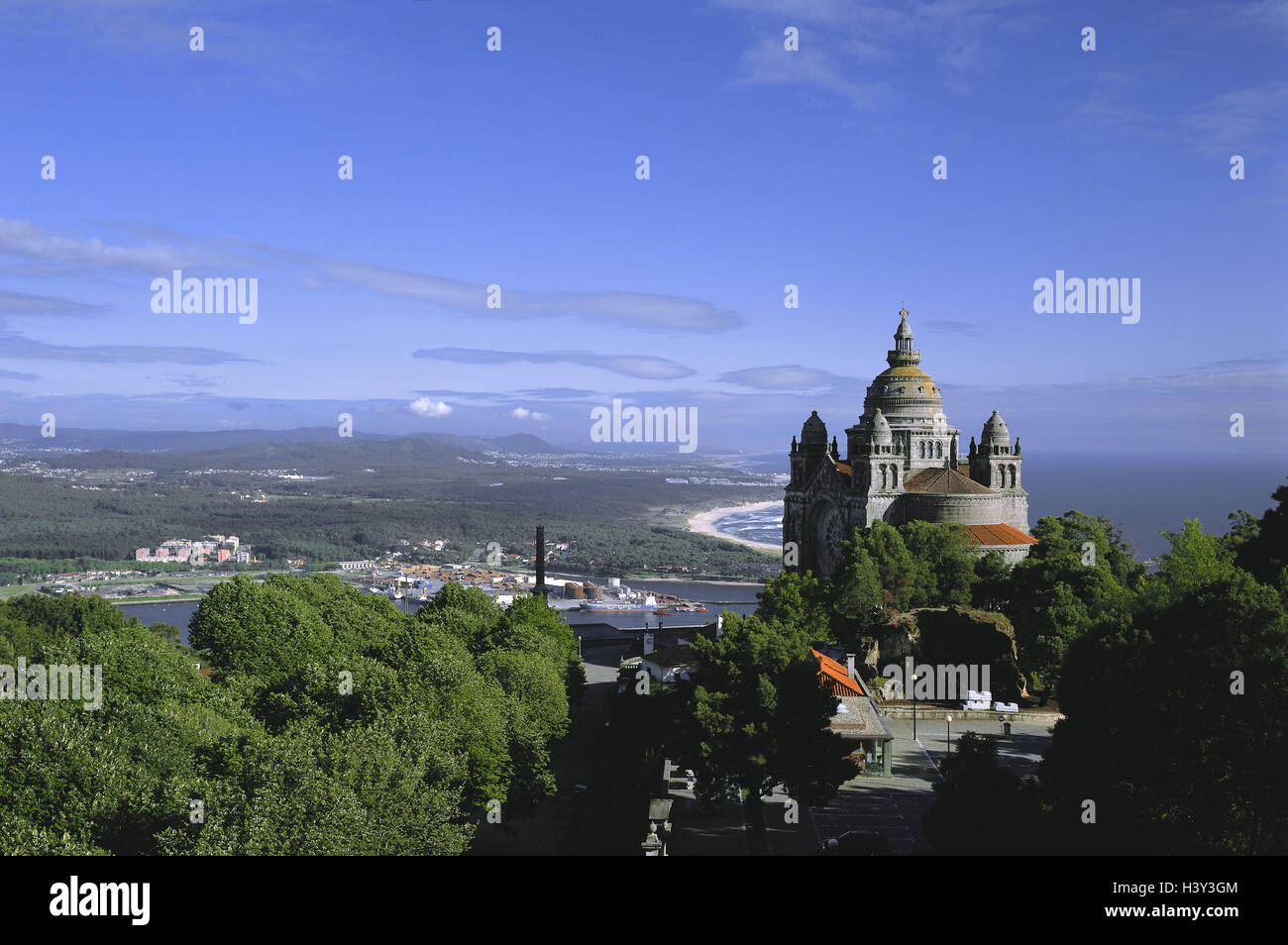 Portugal, province Minho, Monte de, Santa Luzia, pilgrimage church, Rio Lima, background, Viana Th Castelo coast, - Stock Image