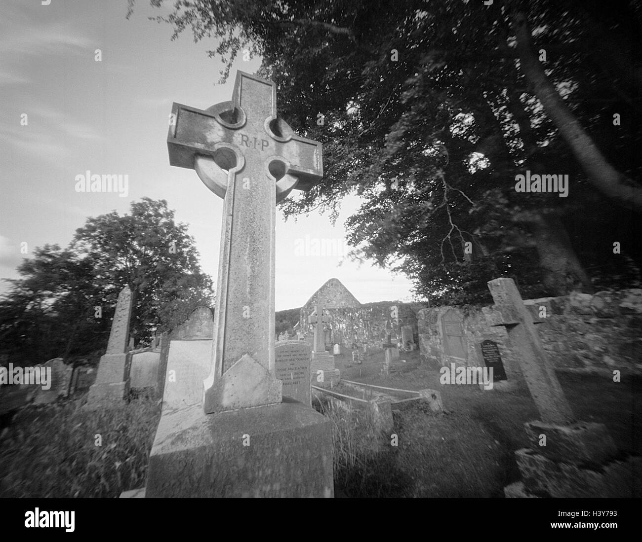 Great Britain, Scotland, Arisaig, cemetery, tombs, b/w, memorial, place rest, tombs, gravestones, crosses, tomb - Stock Image