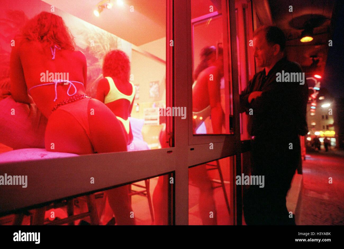 дом красных фонарей порно связи