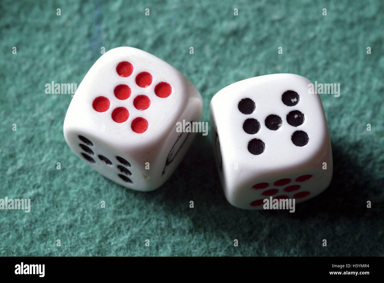 Cubes, numbers, unusually, craps, throw, game chance, craps, profit success, decision, eight, seven, game cube, Stock Photo