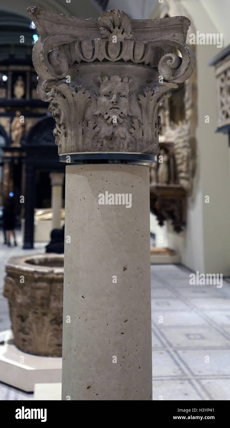 Stone Capital from a Venetian Courtyard, with an 'ovolo' moulding. Dated 16th Century Stock Photo