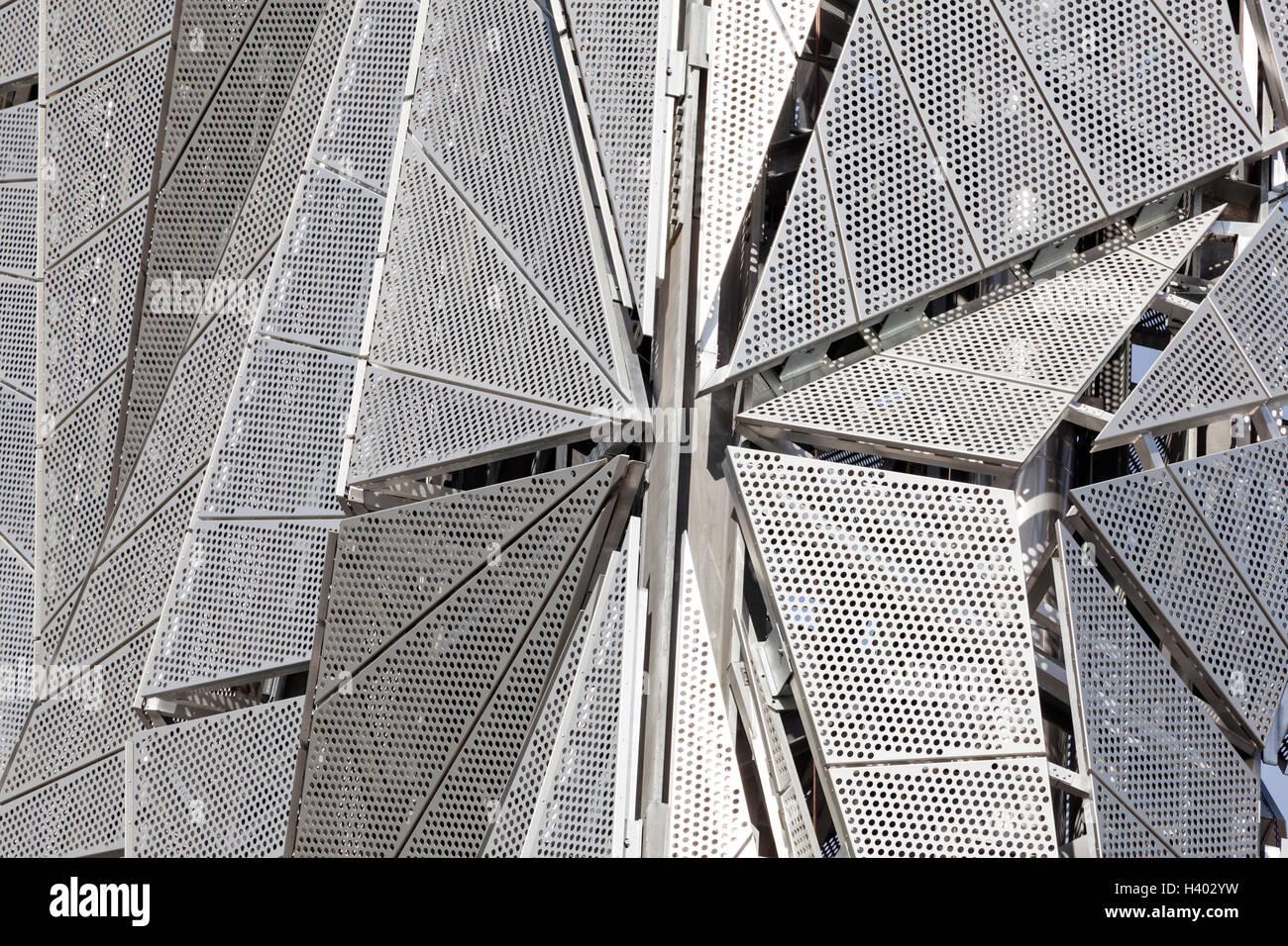 The Optic Cloak, Greenwich Peninsula, London. Exterior detail of aluminium mesh cladding designed to camouflage - Stock Image