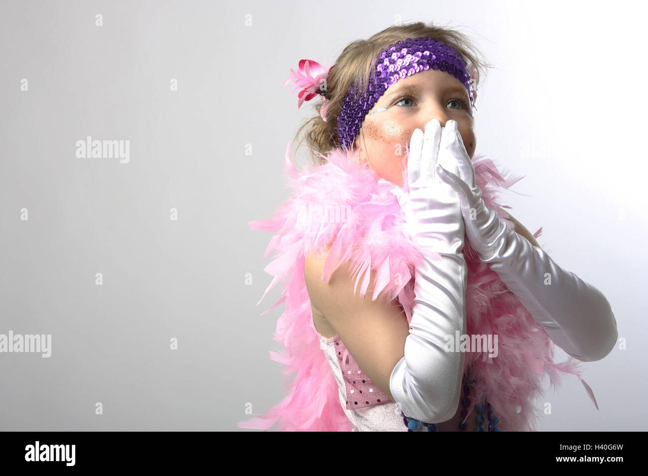 Girls Disguise Saloonlady Feather Boa Pink Gesture Portrait