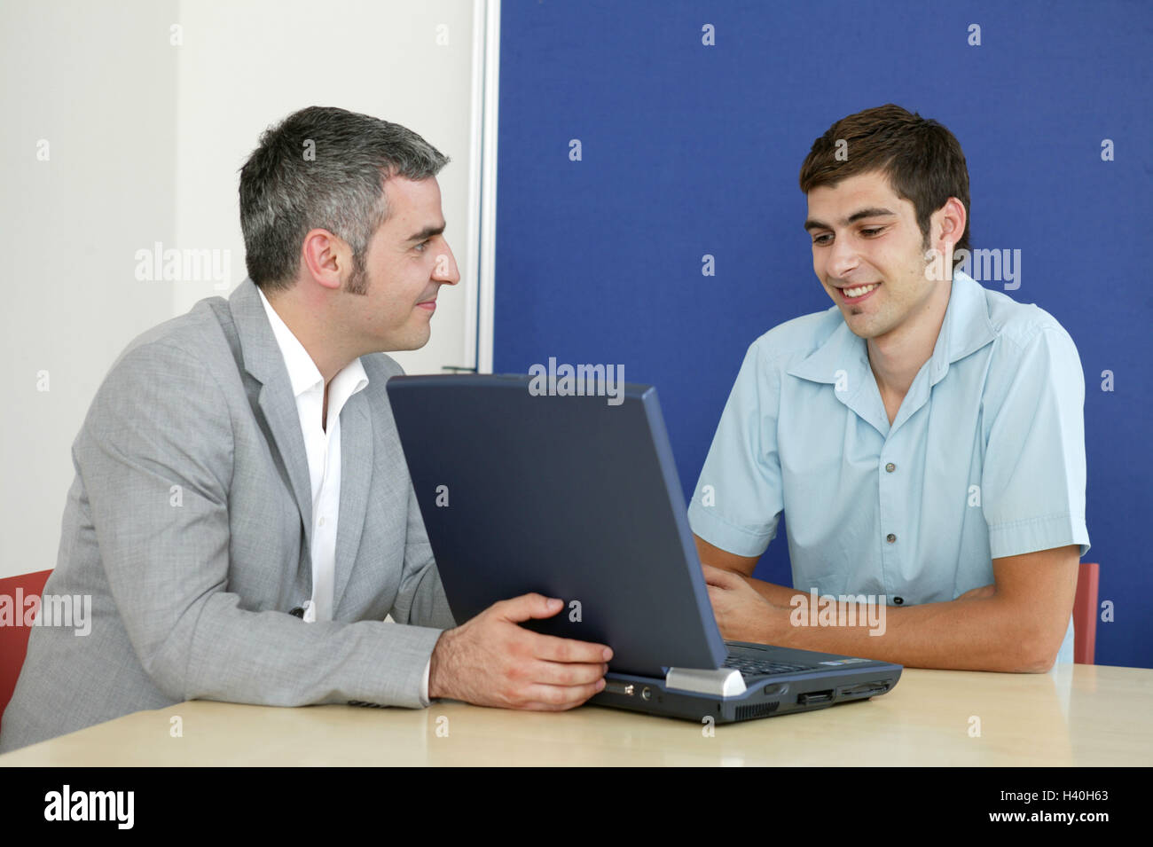 Businessman, notebook computer, man, young, consultation, smile, present business, conference room, man, manager, - Stock Image