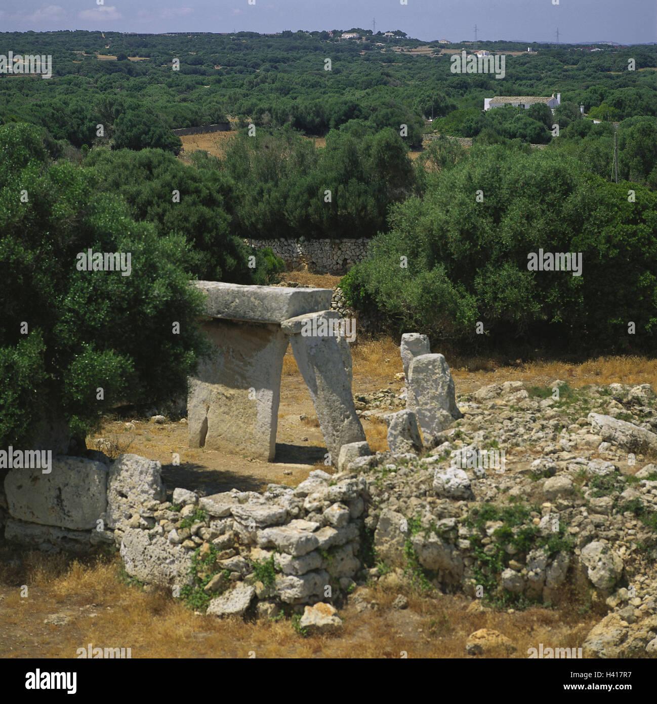 Spain, Menorca, Mao, scenery, Talati de Dalt, 'Taula', stone formations, the Balearic Islands, island, the - Stock Image
