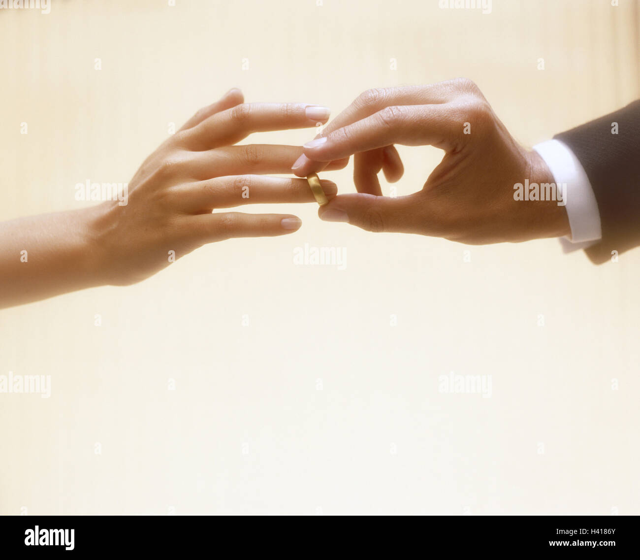 Bride and groom, detail, hands, ring, infect, women's hand, man's hand, bride, bridegroom, wedding, wedding, - Stock Image