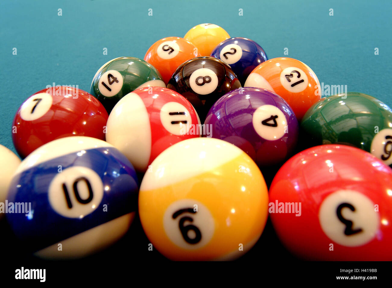 Billiard table, balls, entry level position   Billiard, game, billiard balls, balls, installation, beginning, game - Stock Image