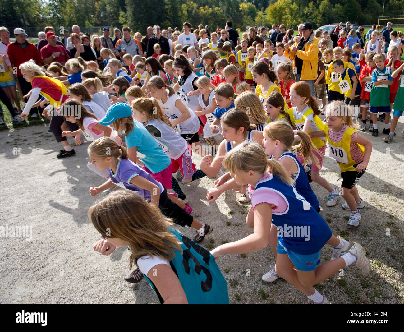 girls at starting line in track race - Stock Image