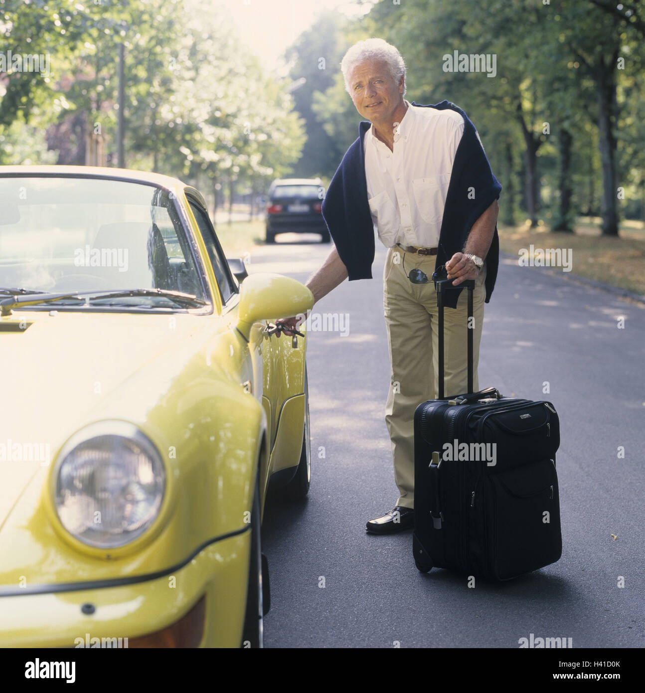 Exceptional Man, Middle Old Person, Porsche, Unlock, Luggage, 40 50 Years, Grey Haired,  Businessman, Well To Do, Wealth, Luxury, Luxury Car, Passenger Car, Sports  Car, ...