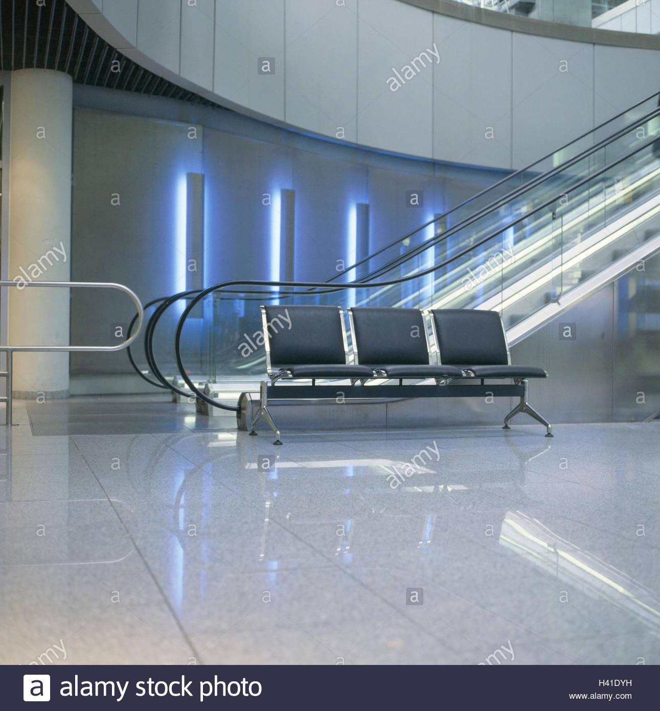 Dusseldorf Airport Interior Stock Photos & Dusseldorf Airport ...
