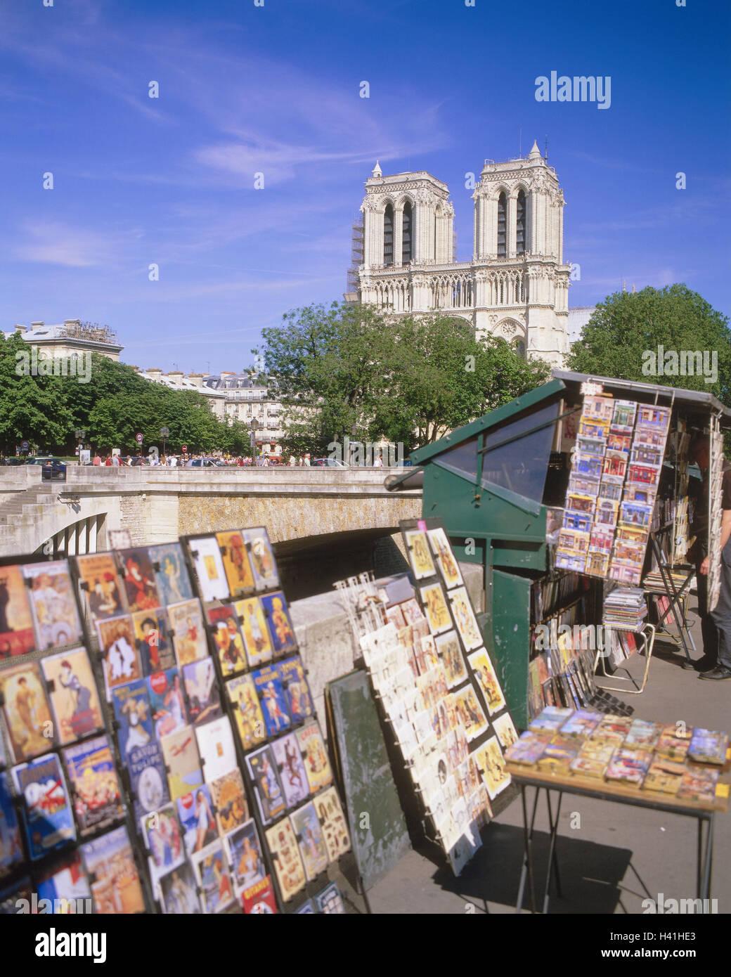 France, Paris, Ile de la Cite, cathedral Notre lady, street sales, postcards, Europe, République Française, - Stock Image