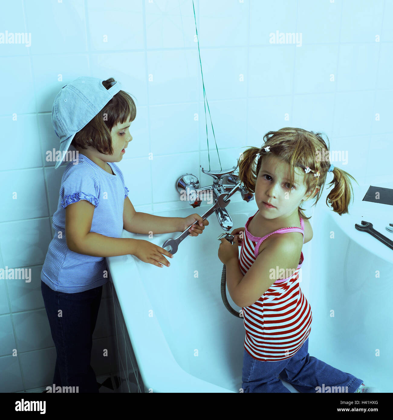 Bathrooms, children, bath, armatures, spanners, play bath, tub, girl ...